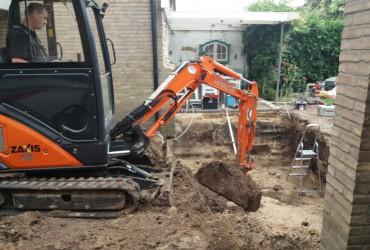 Uitgraven uitbouw